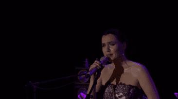 2014 Nazim Hikmet Konser 01 Sevval Sam 016 Dogu